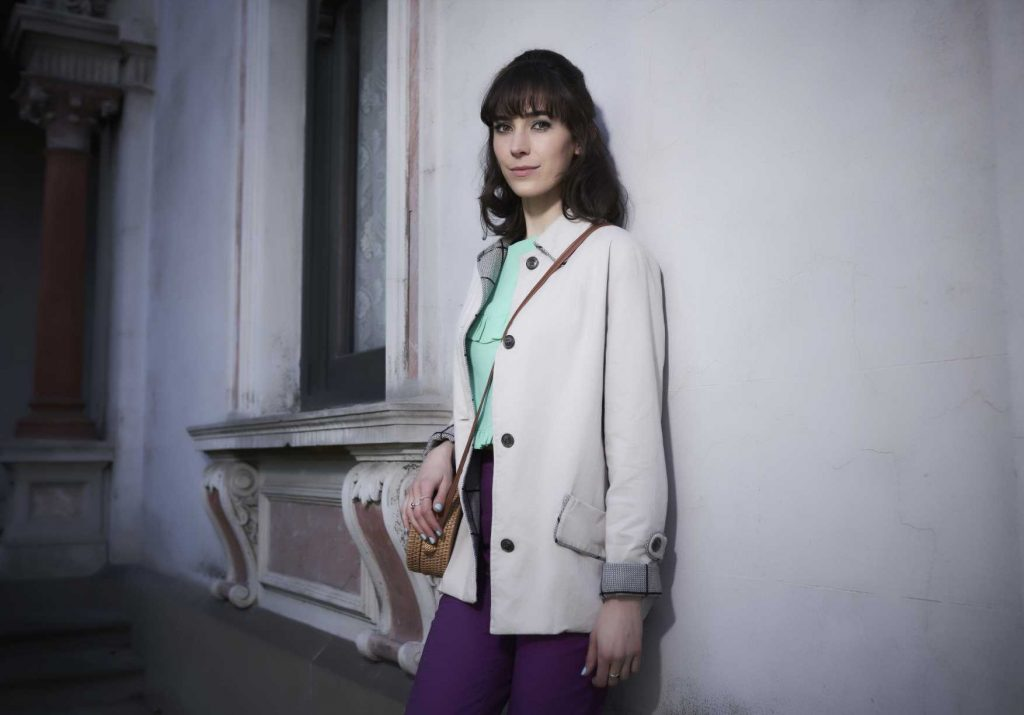 Ms  Fisher's Modern Murder Mysteries' Review: Vivacious